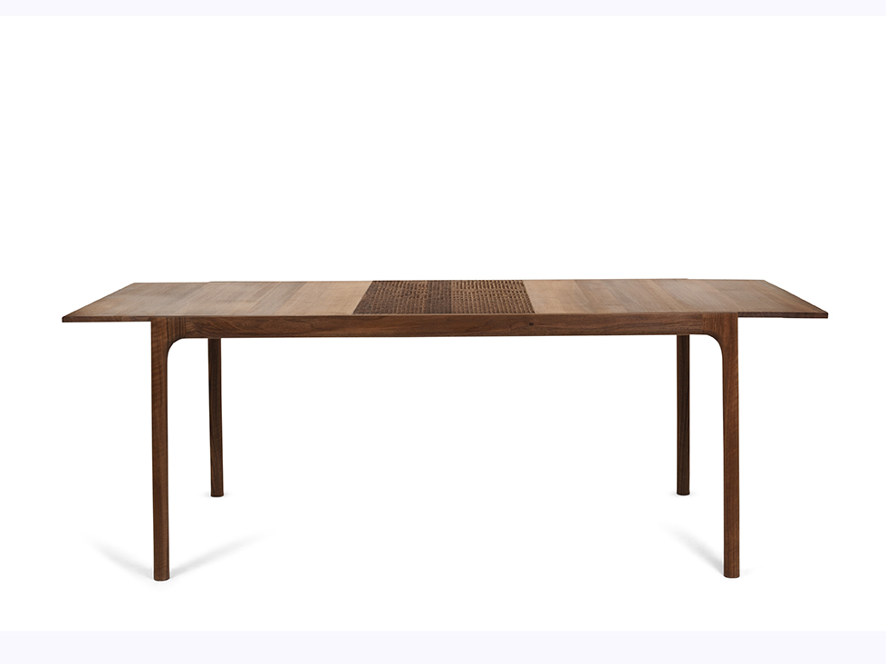 Unna Extendable dining table - Exhibited at Imm Cologne 2017